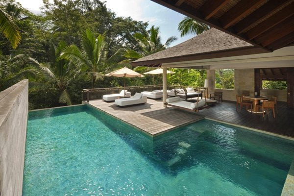 Retreat Pool Villas
