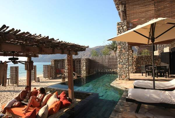 Zighy Pool Villa Suites Beachfront