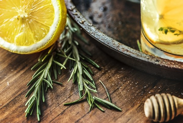 BOOST YOUR IMMUNE SYSTEM WITH ECHINACEA AND THYME