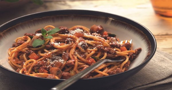 Whole Wheat Spaghetti With Soy Bolognese Recipe By Ananda